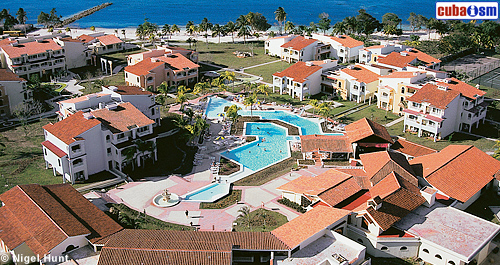 Hotel Guardalavaca Villas Aerial View